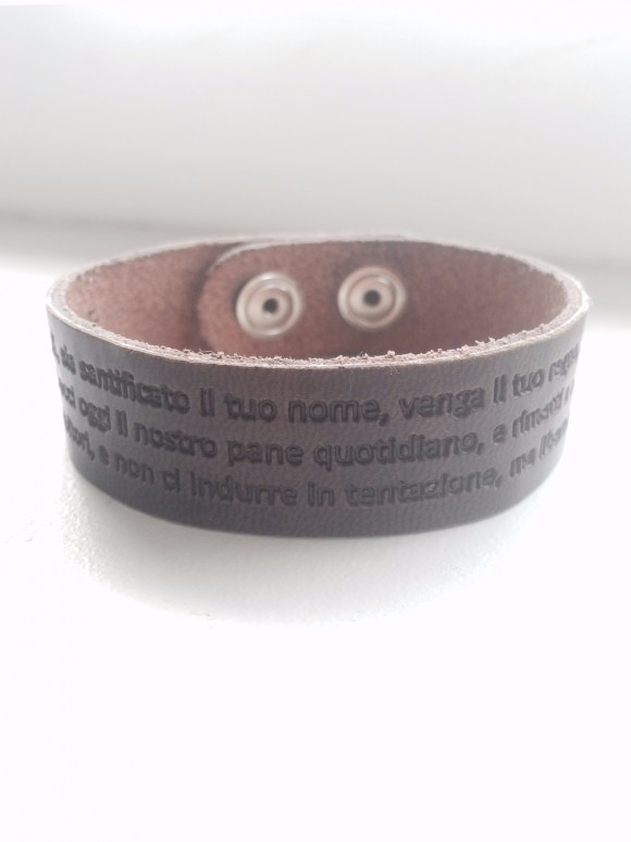 Valeria's leather bracelet